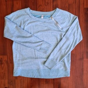 3/$25 Gap Fit sweatshirt sky blue
